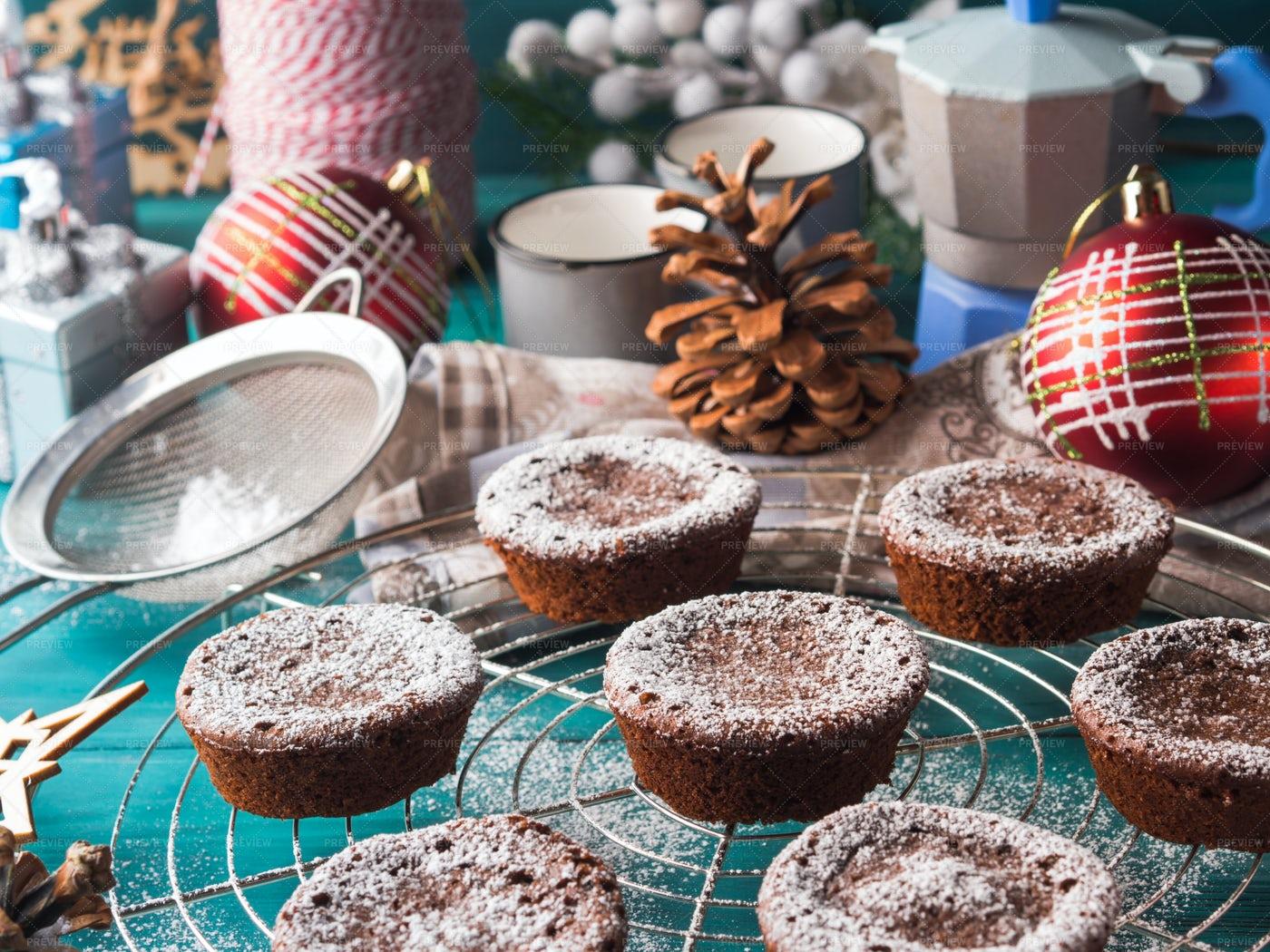 Christmas Chocolate Muffins: Stock Photos