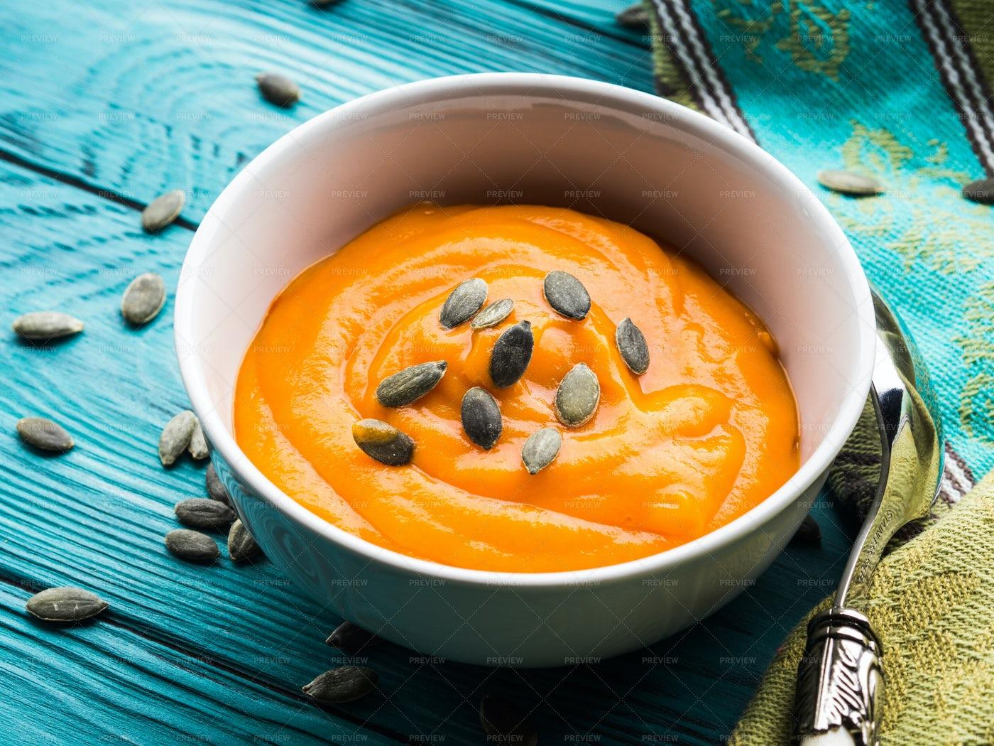 Creamy Pumpkin Soup: Stock Photos