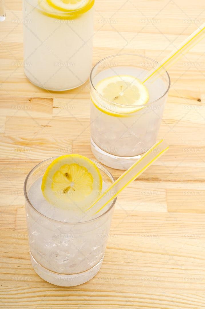 Fresh Lemonade Drink: Stock Photos