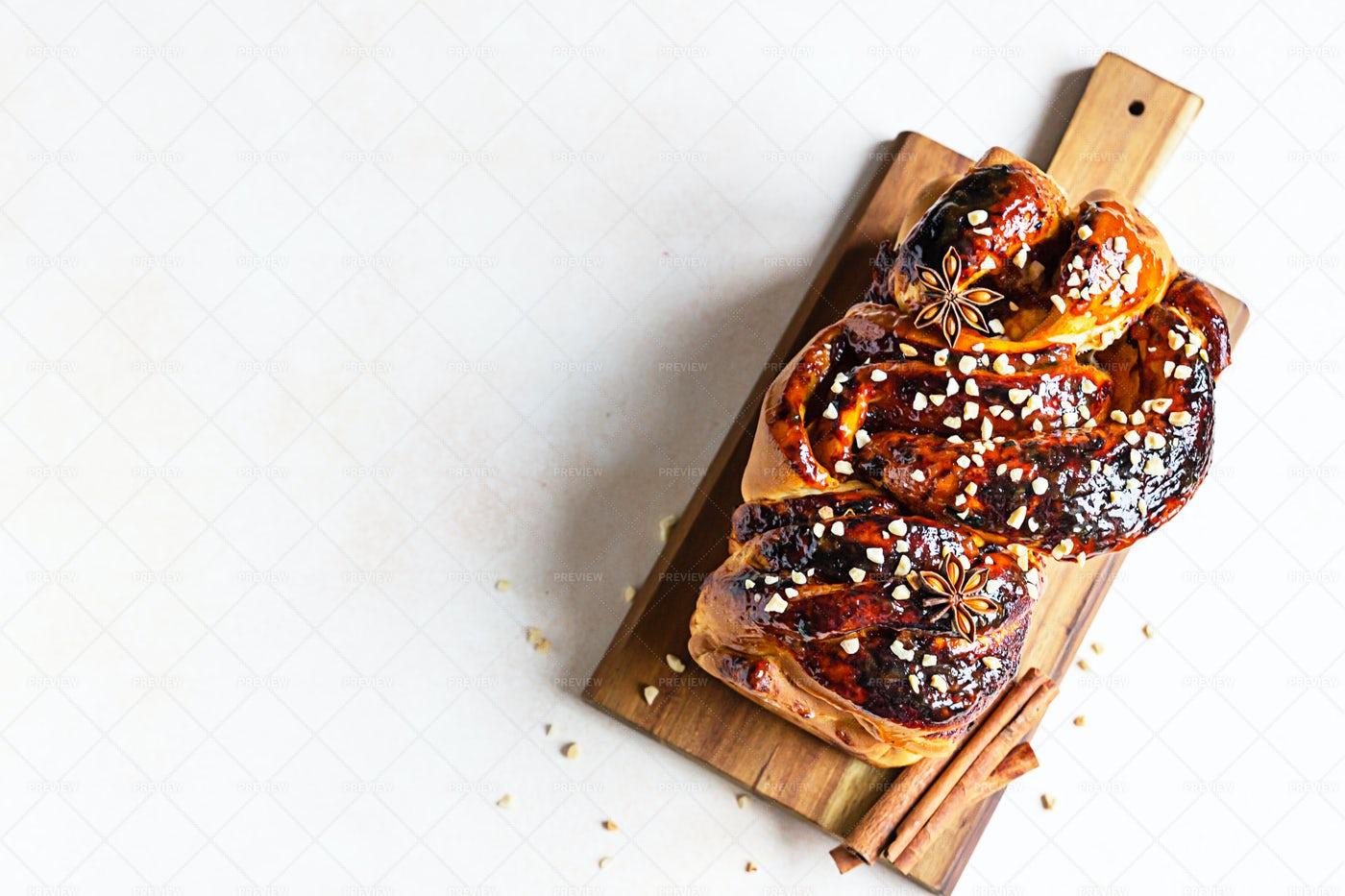 Babka Bread: Stock Photos