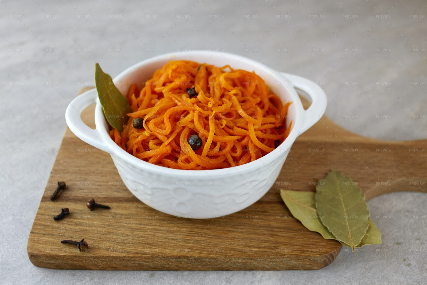 Spicy Pickled Carrots: Stock Photos