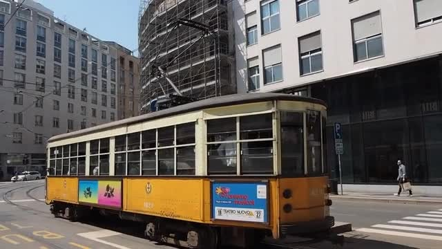 Vintage Tram In Milan: Stock Video