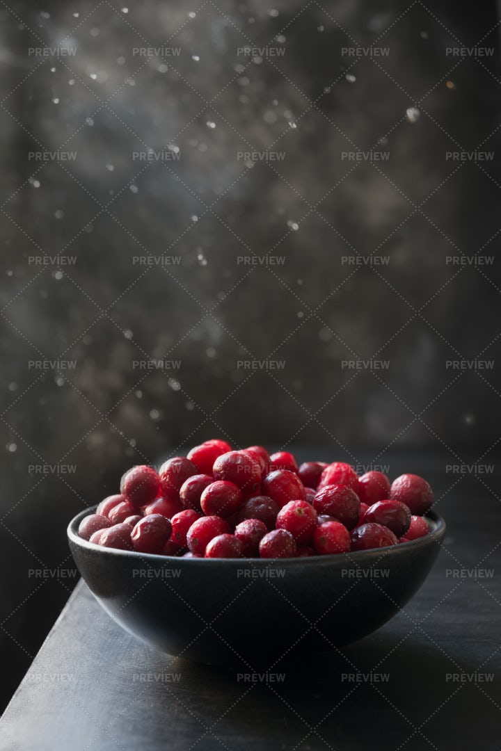 Frozen Cranberries In Bow: Stock Photos
