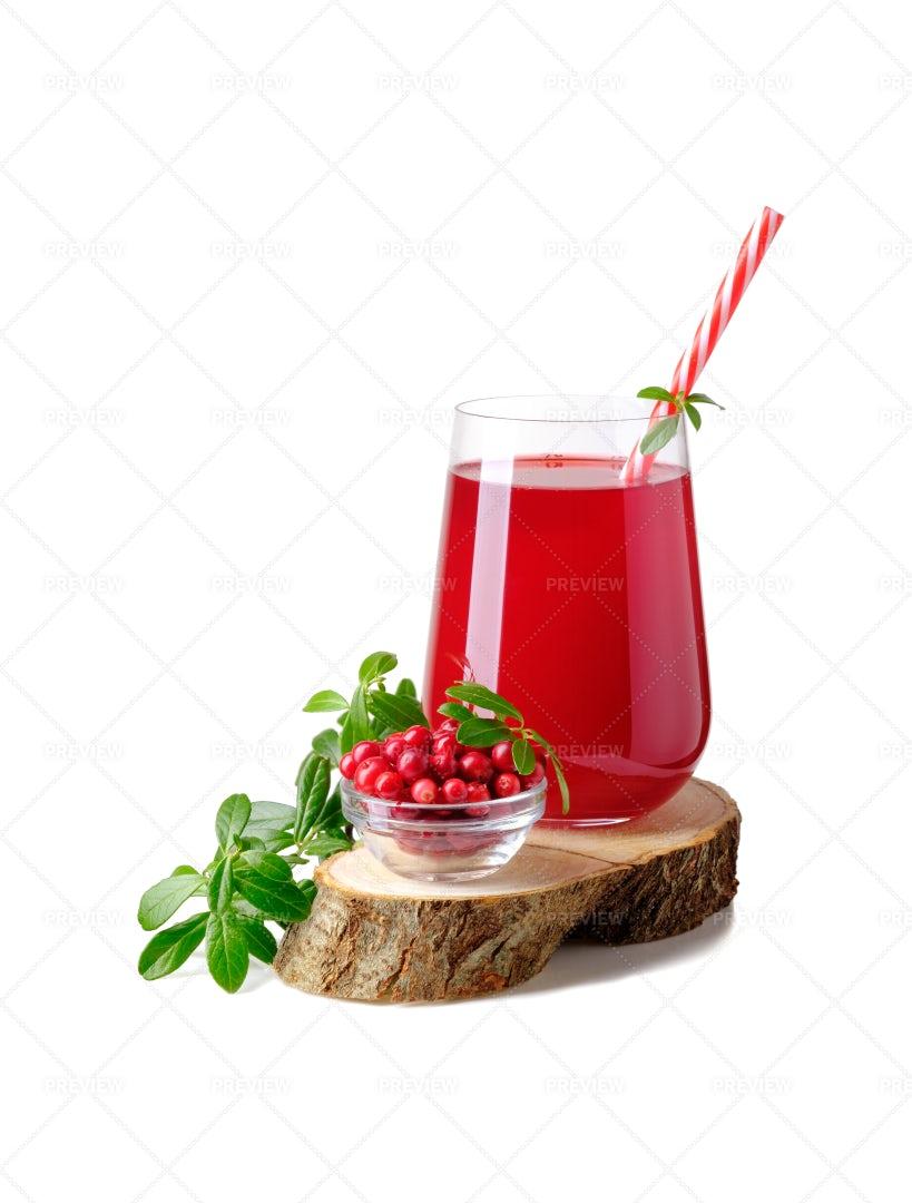 Lingonberry Juice: Stock Photos