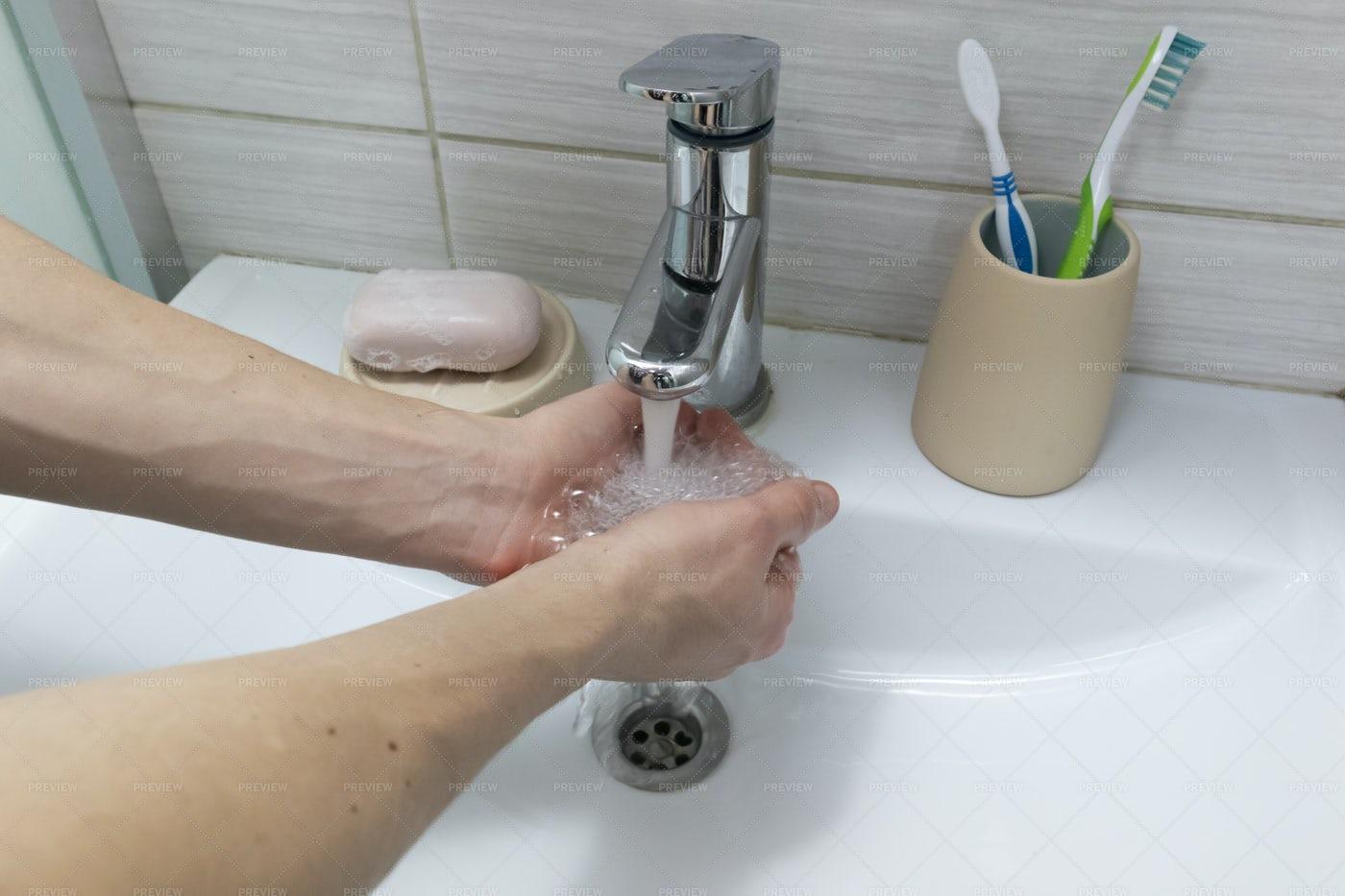 Man Washing Hands: Stock Photos