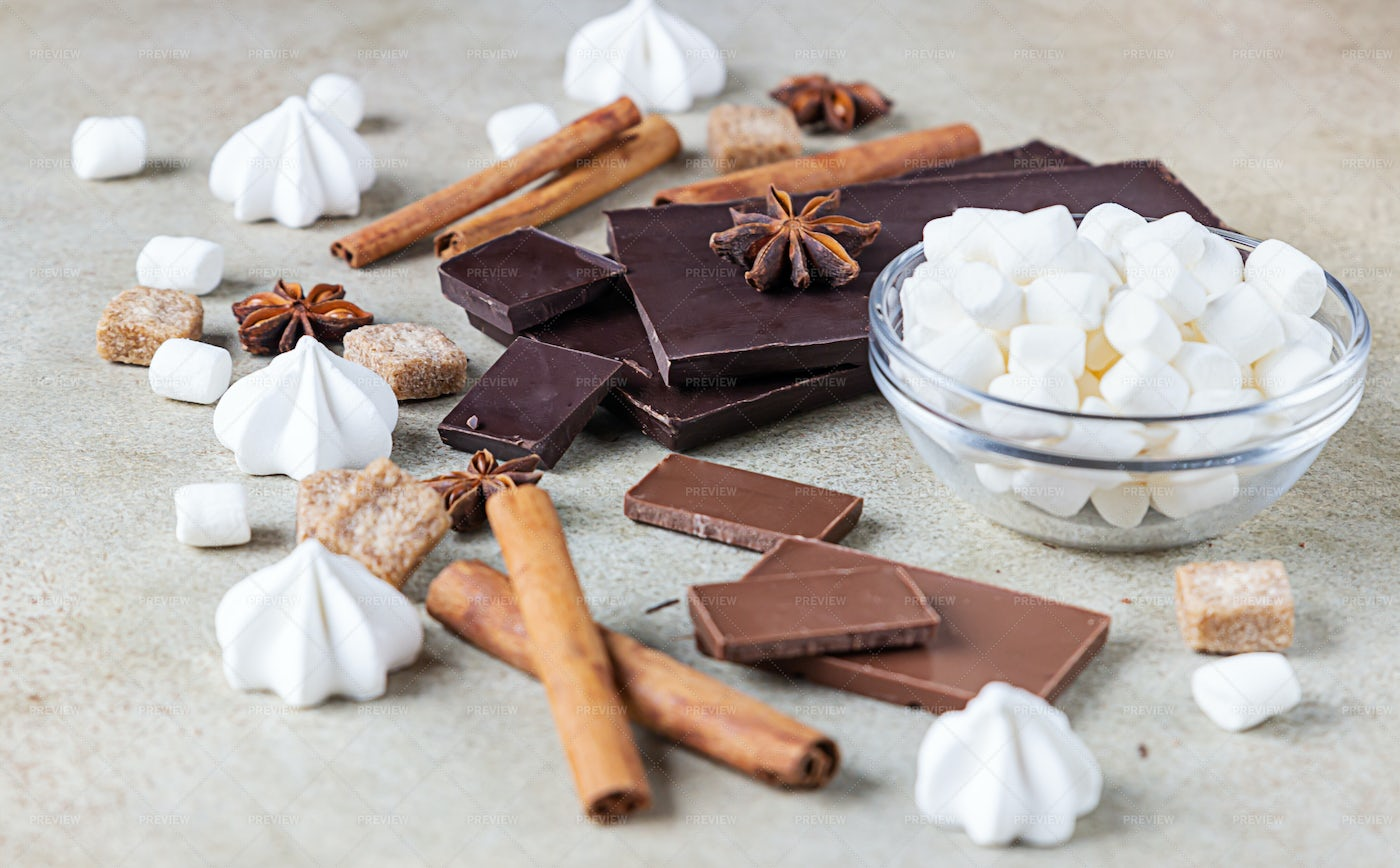 Sweets And Spices: Stock Photos