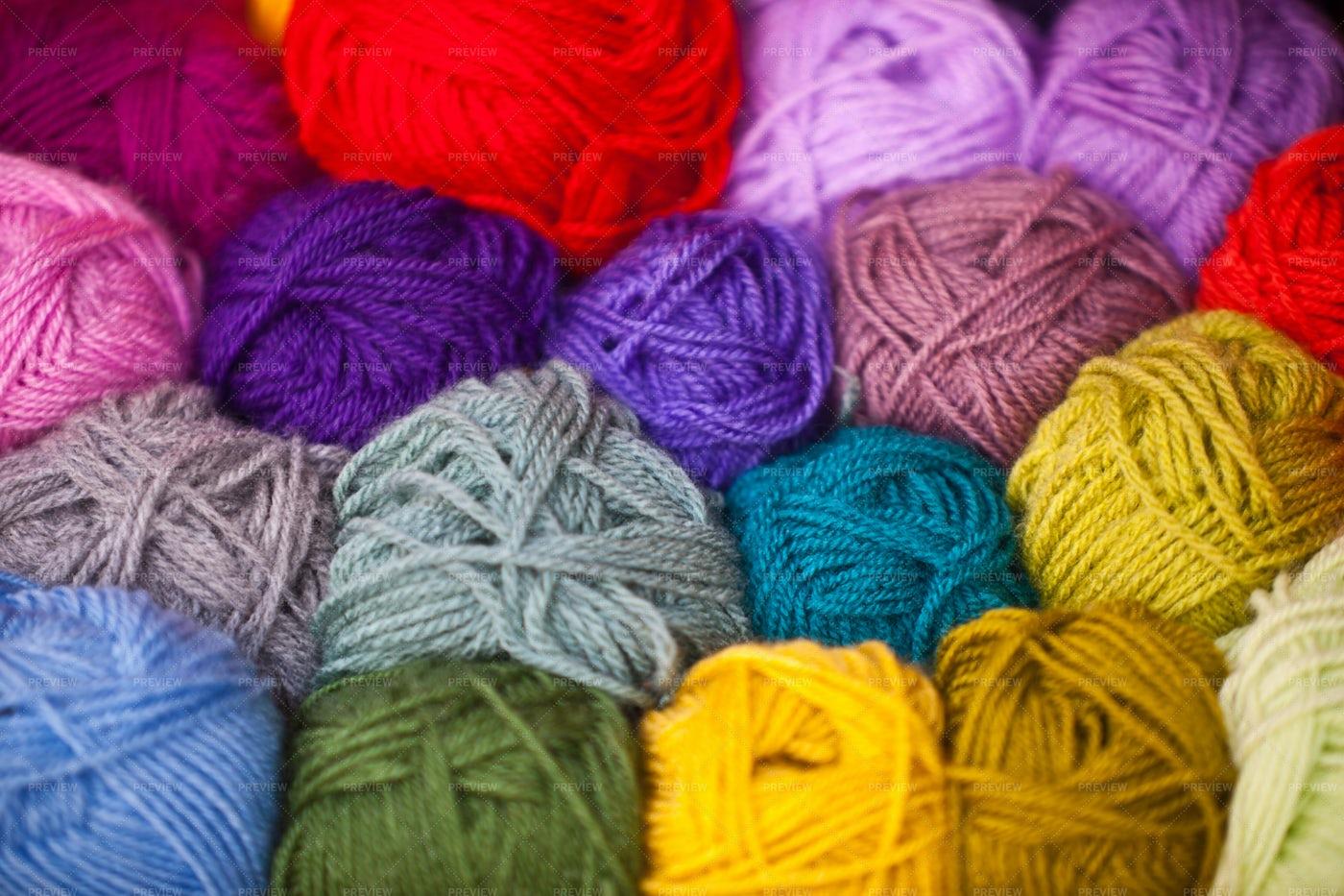 Colorful Wool Thread Balls: Stock Photos
