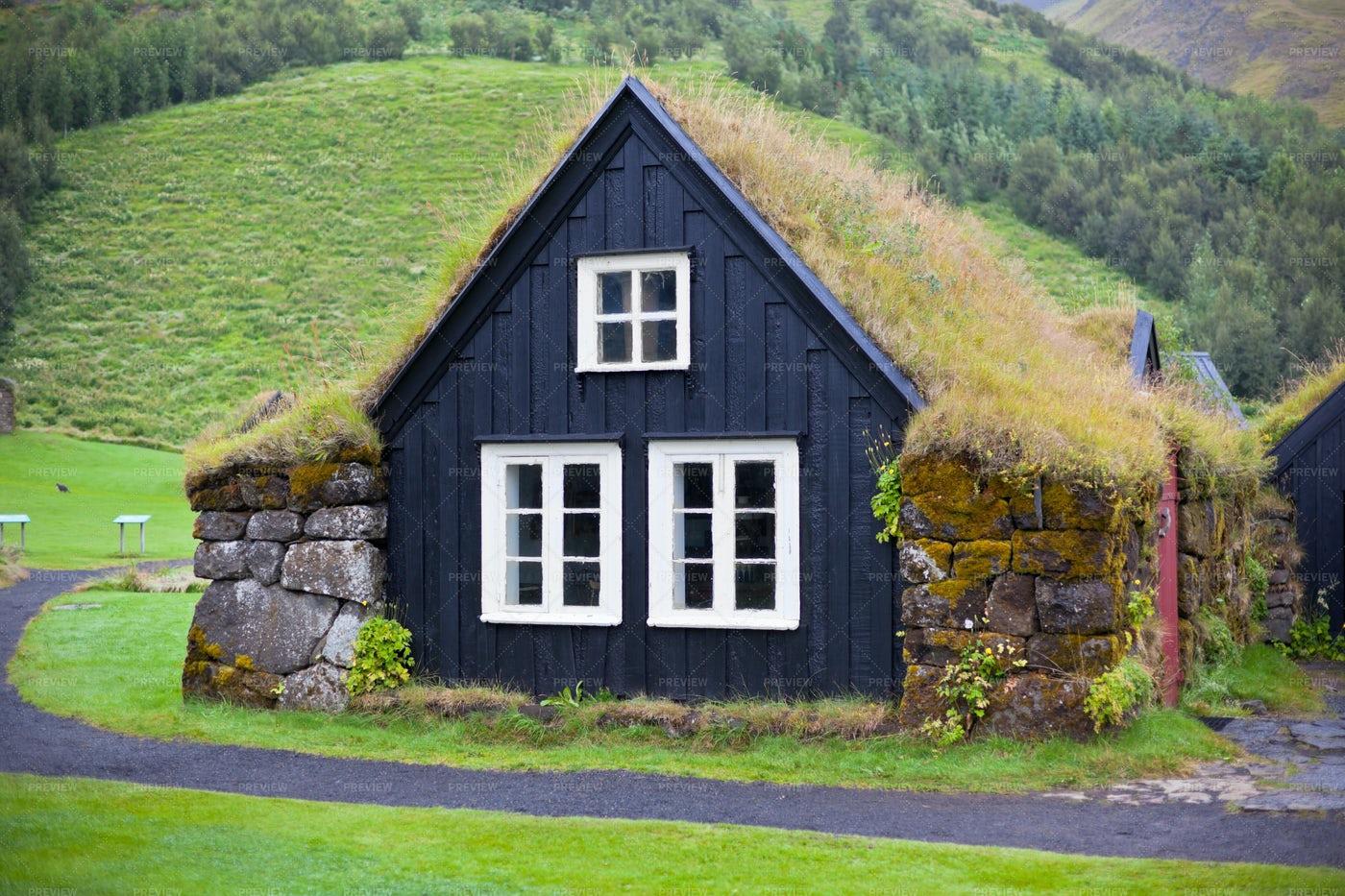 Rural Icelandic House: Stock Photos