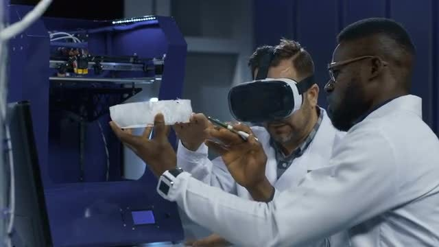 Medical 3D Printing And VR: Stock Video