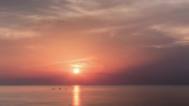 Time Lapse Of Sunset Over Sea: Stock Video