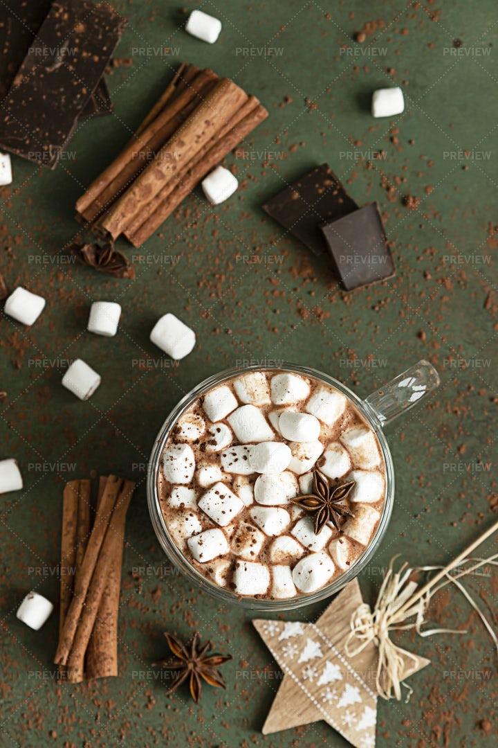 Hot Cocoa With Marshmallow: Stock Photos