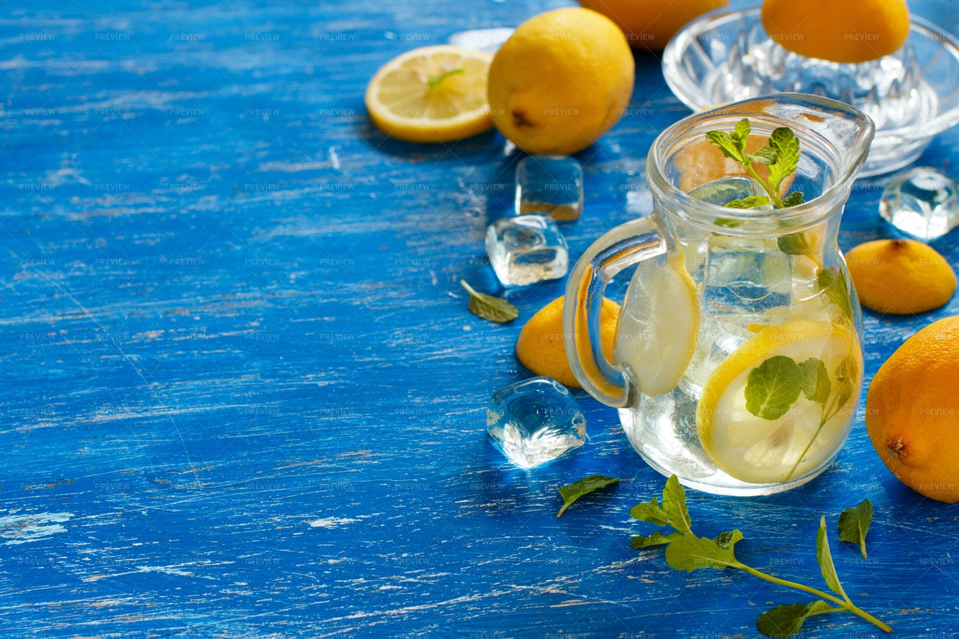 Mint Lemonade Background: Stock Photos