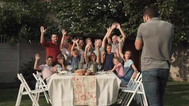 Family Taking A Group Photo: Stock Video