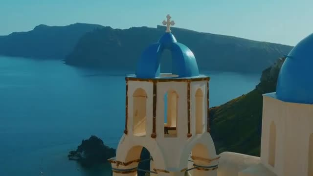 Establishing Shot Of Santorini, Greece: Stock Video