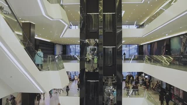 Shopping Center Crowd : Stock Video