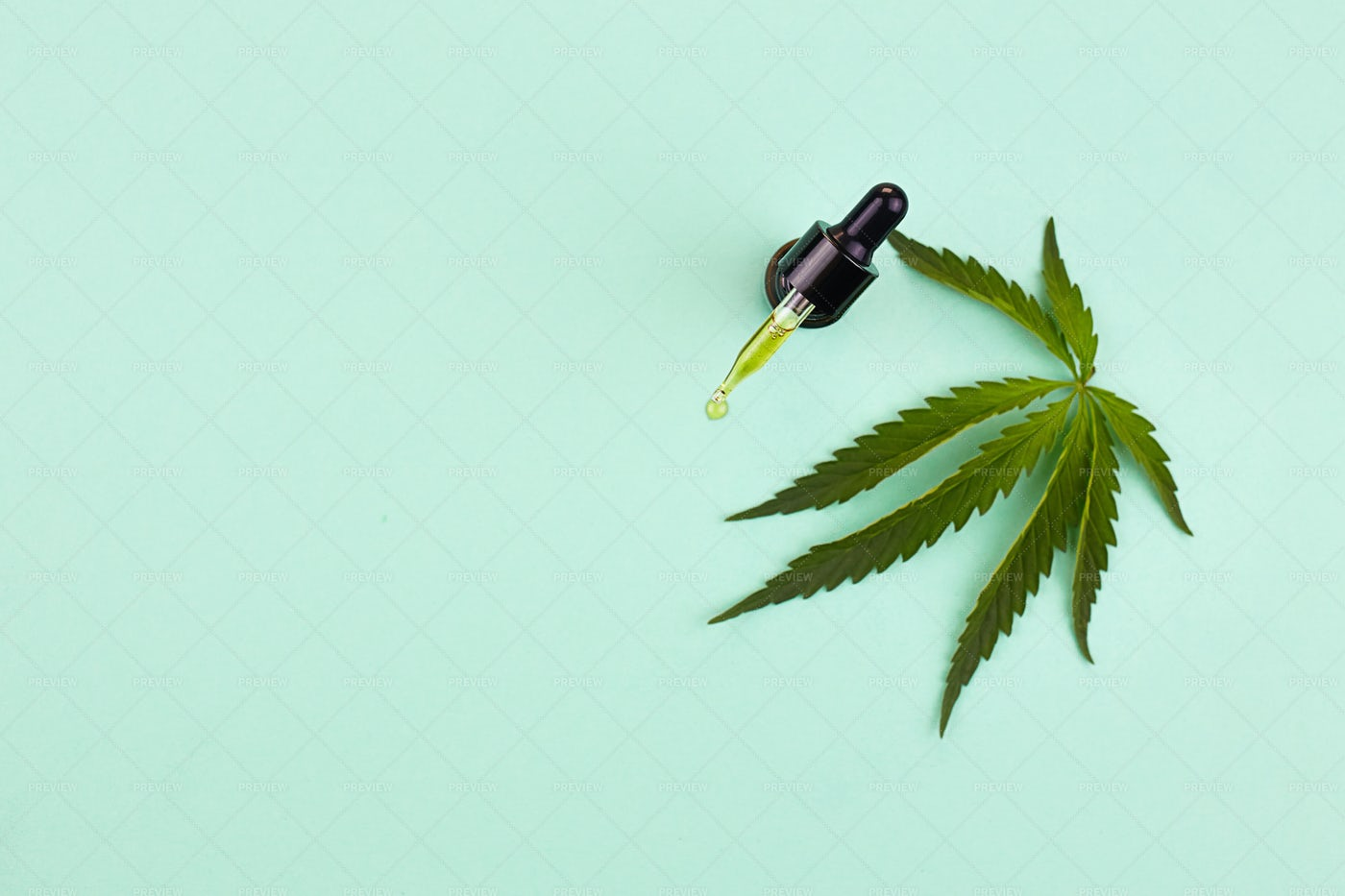 Cannabis Leaf And Oil: Stock Photos