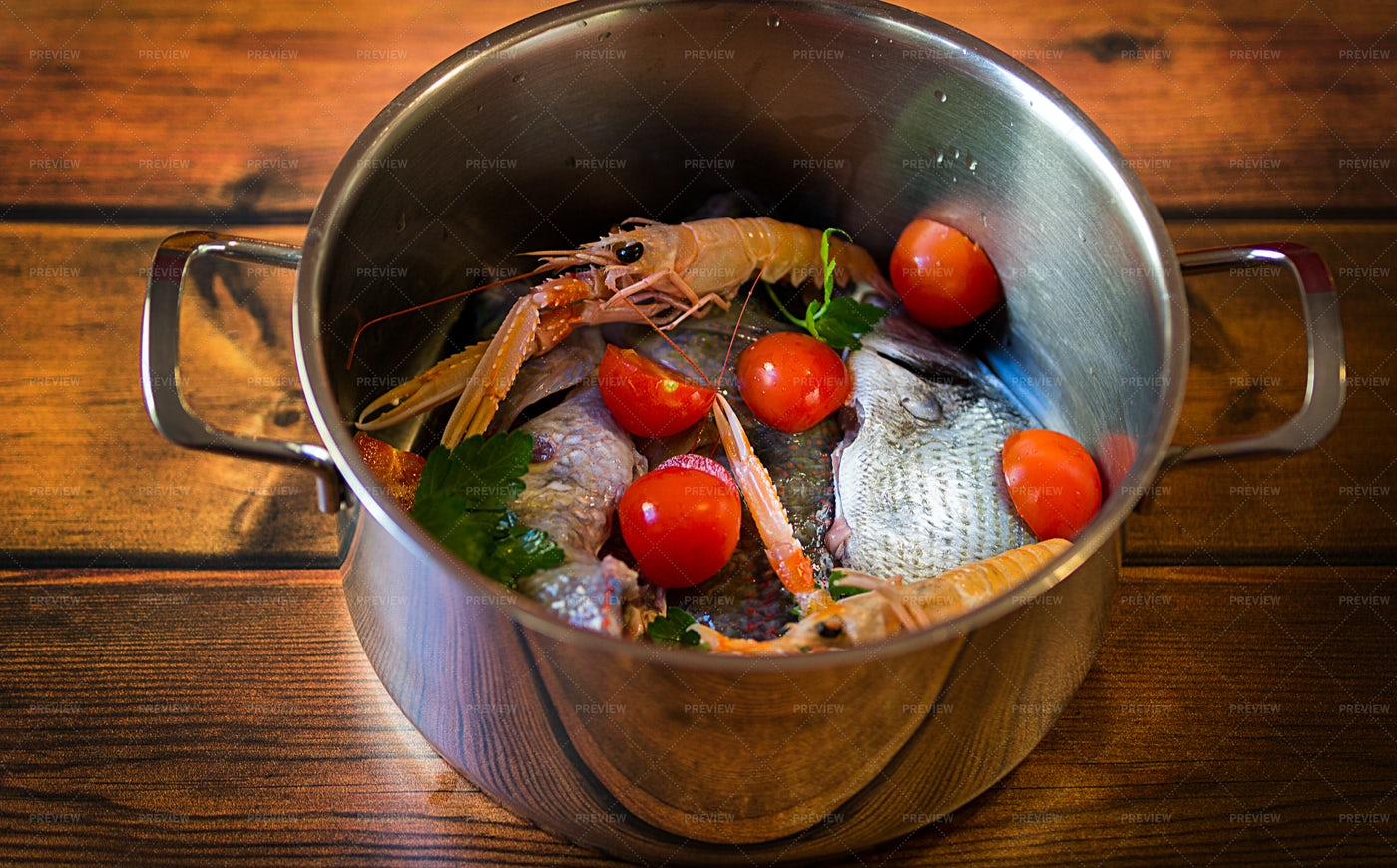 Seafood In A Pan: Stock Photos
