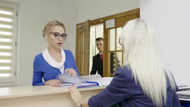 Giving Instructions To The Receptionist : Stock Video