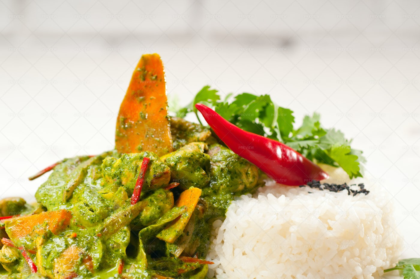Chicken With Green Curry: Stock Photos
