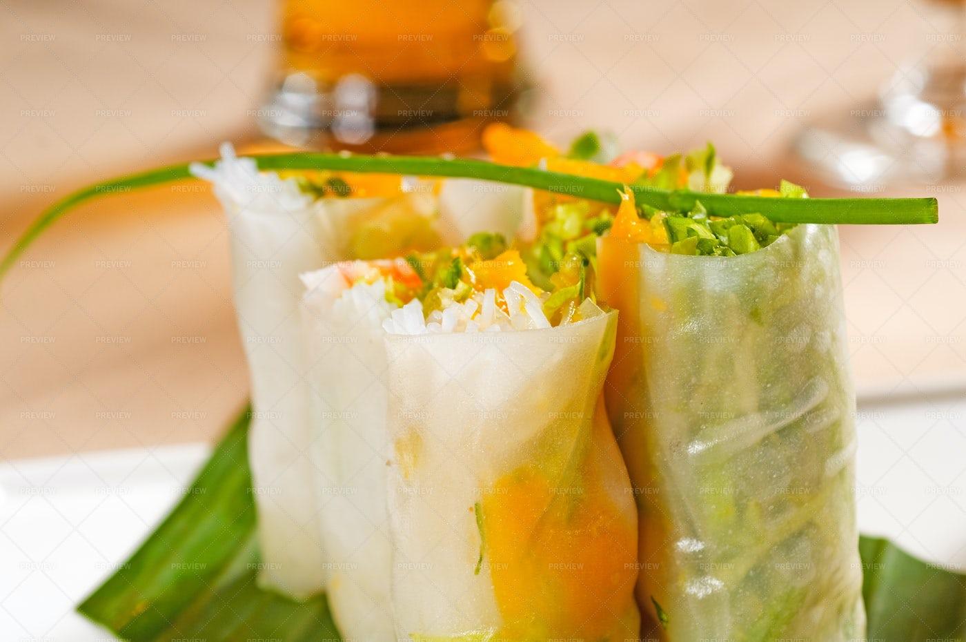 Vietnamese Style Summer Rolls: Stock Photos