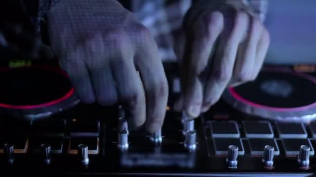 DJ Hands On Deck: Stock Video