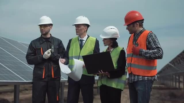 Construction Engineers Discussing The Blueprint : Stock Video