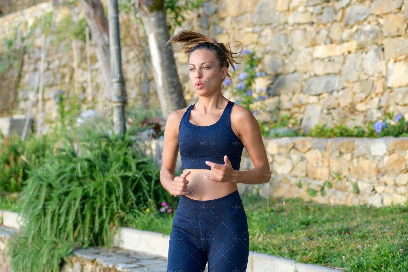 Woman Jogging On The Spot: Stock Photos