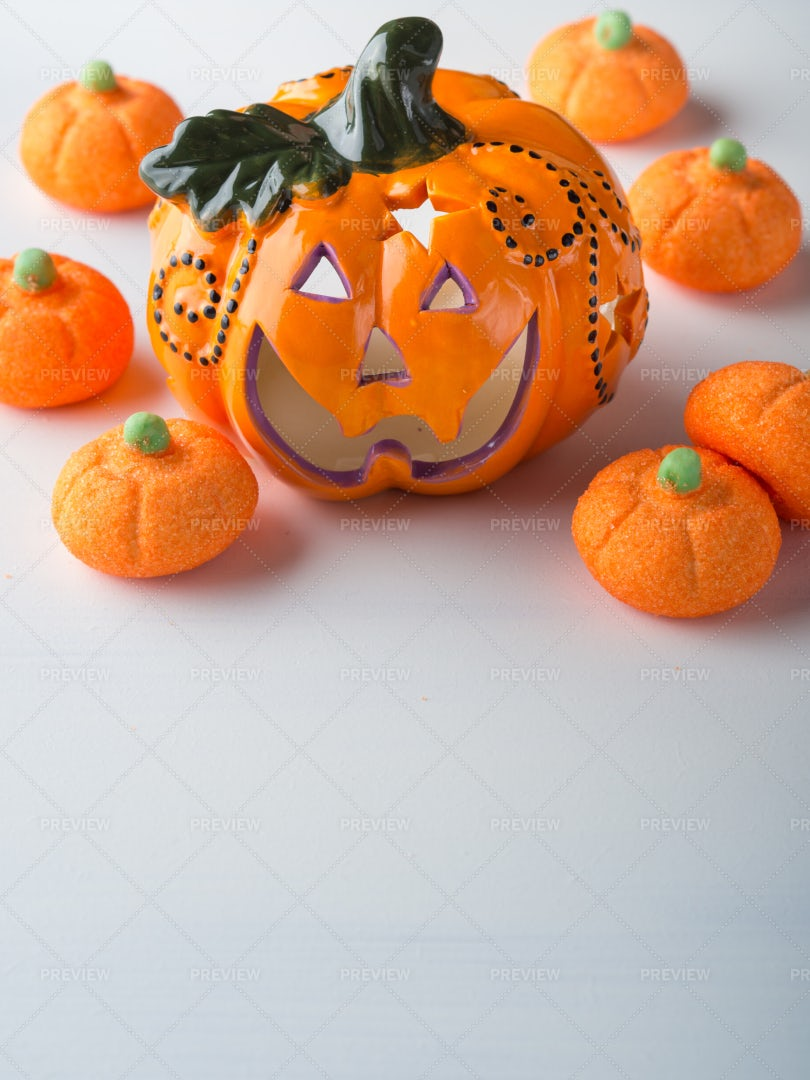 Halloween Pumpkin And Marshmallows: Stock Photos