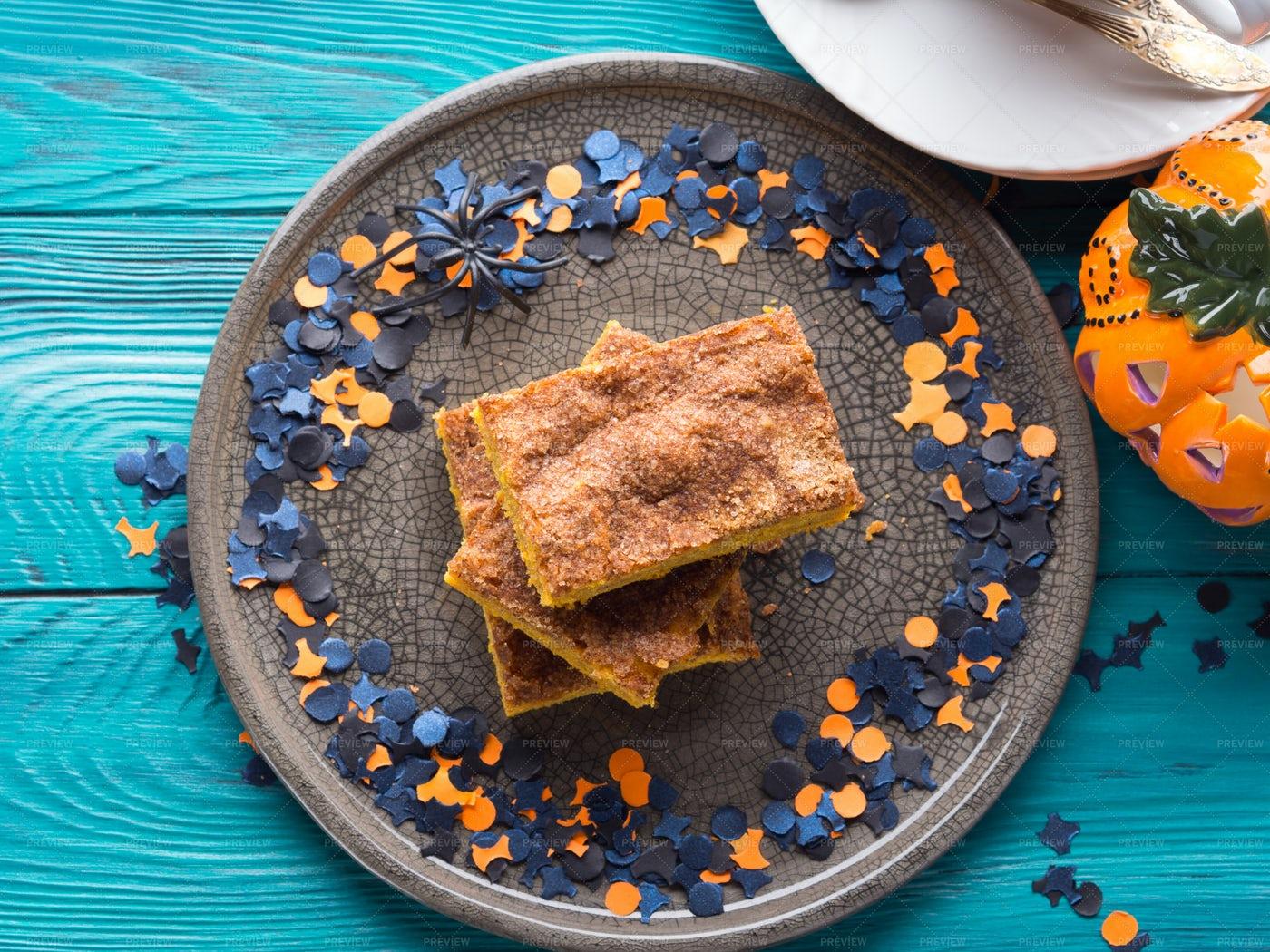 Pumpkin Brownies For Halloween: Stock Photos