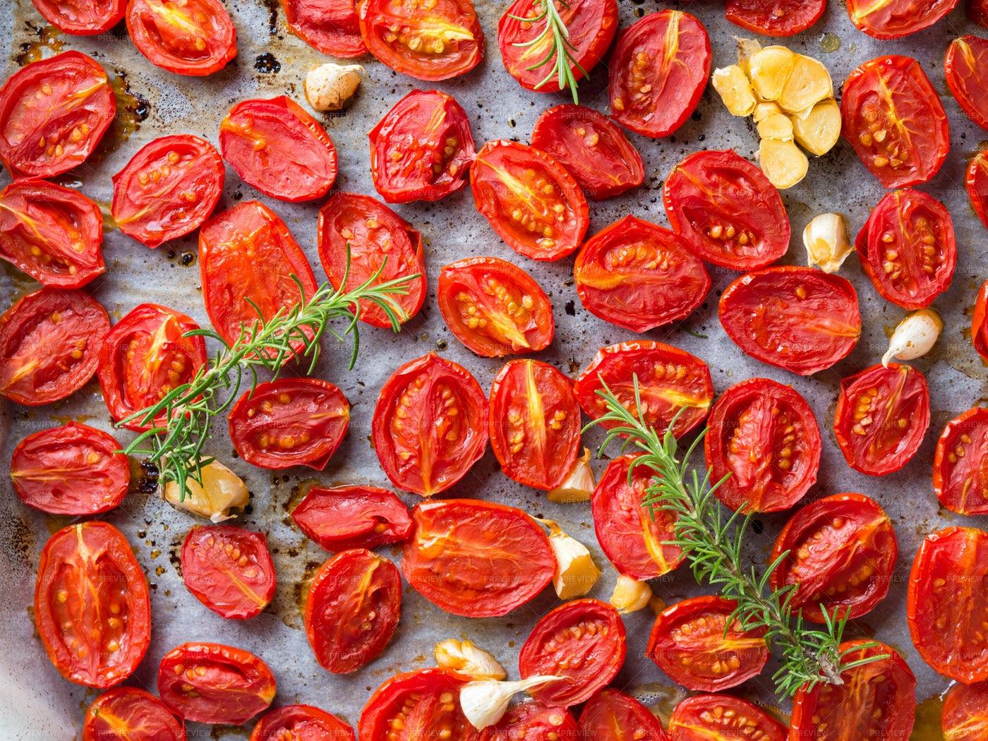 Many Backed Tomatoes: Stock Photos