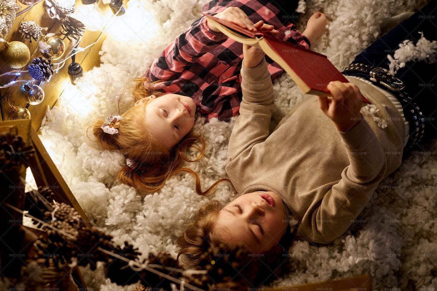Christmas Stories: Stock Photos