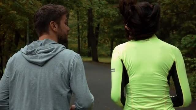 Couple On Morning Jog : Stock Video