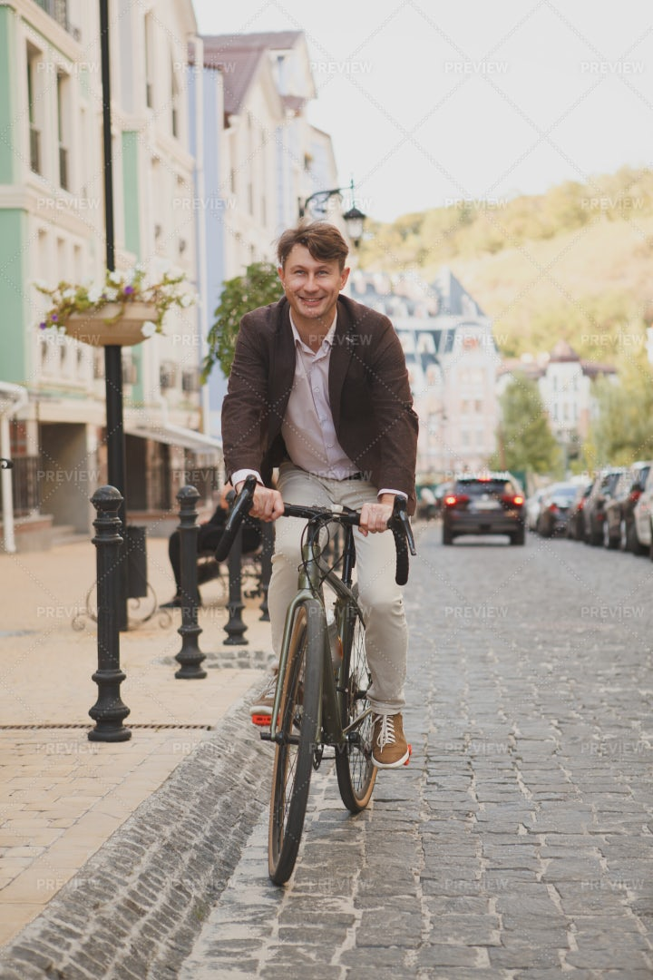 Man Travelling By Bike: Stock Photos