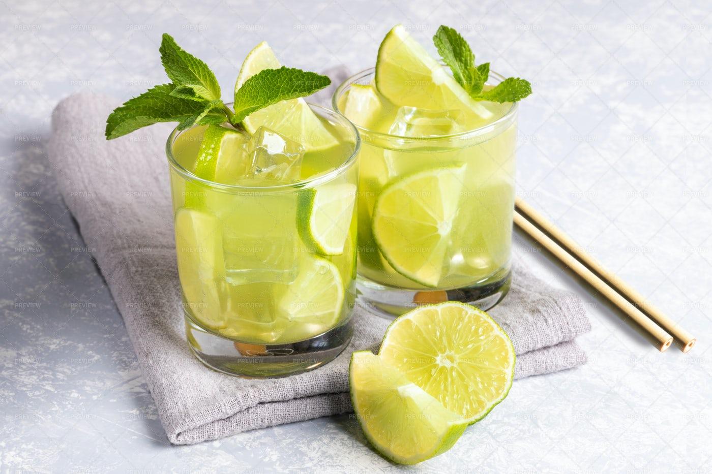 Green Matcha Tea: Stock Photos