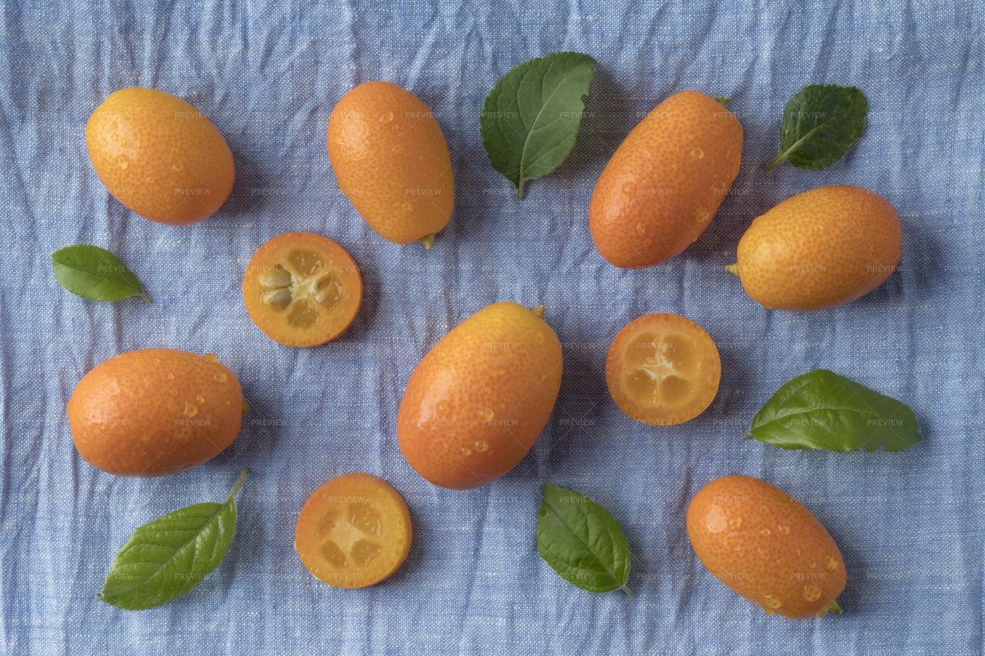 Kumquat Fruits: Stock Photos