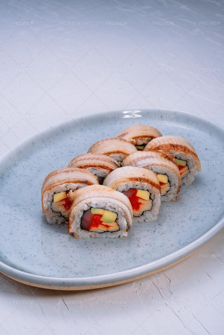 Tuna And Avocado Rolls: Stock Photos