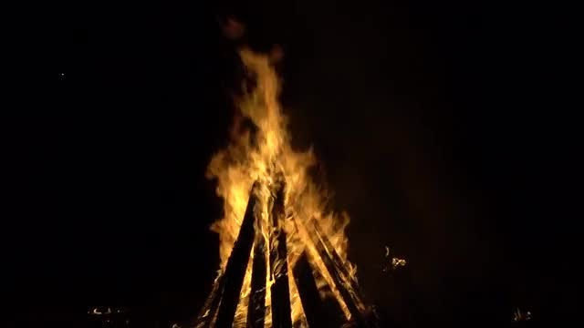 Huge Bonfire At Night: Stock Video