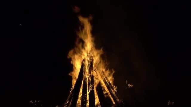 Huge Bonfire At Night: Stock Video