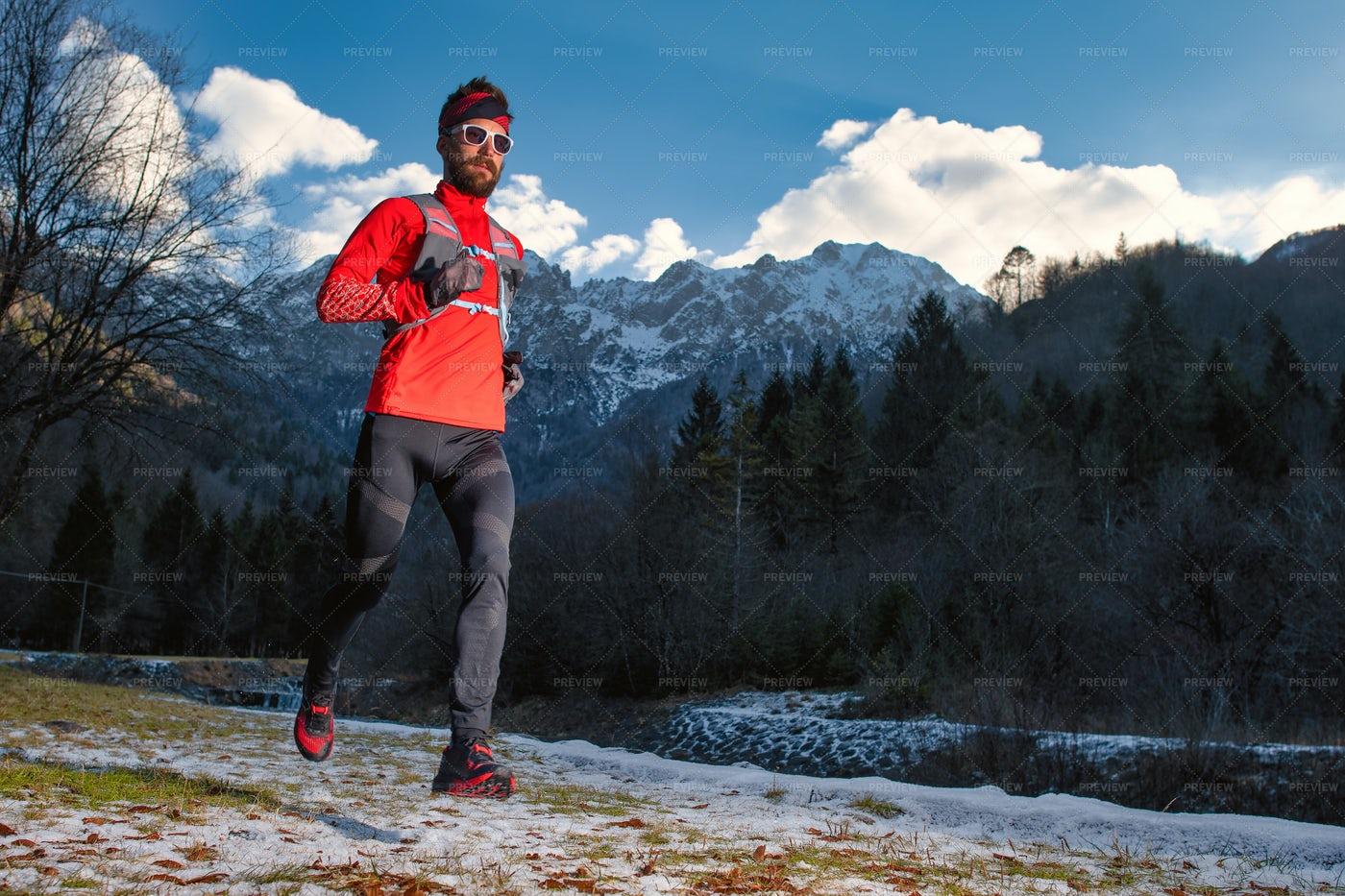 Long Distance Runner: Stock Photos