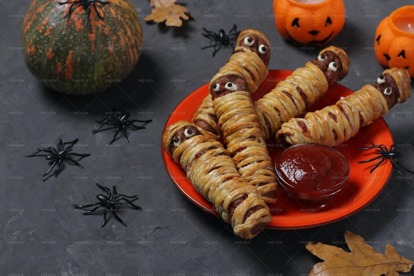 Spooky Sausage Mummies: Stock Photos