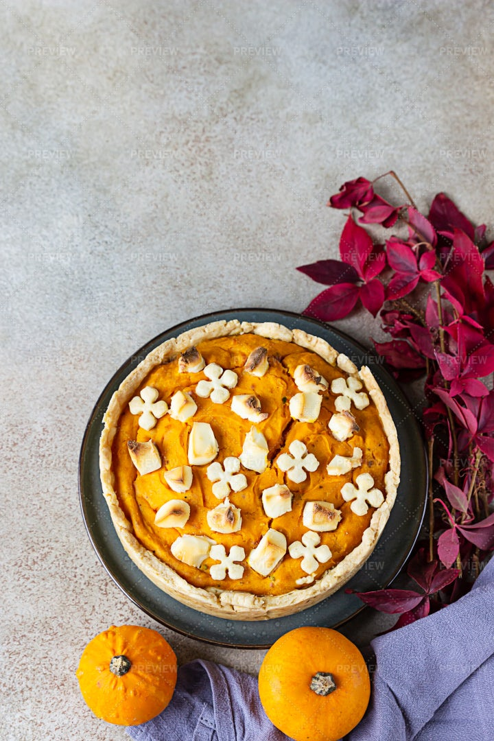 Pumpkin Tart: Stock Photos