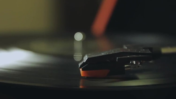 Vinyl Record Player Spinning Slowly: Stock Video