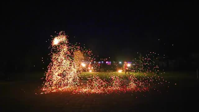 Fire Dancing With Sparks: Stock Video