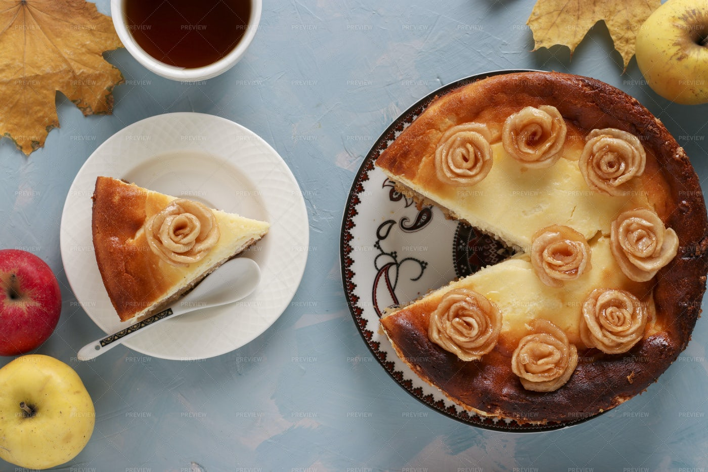 Cheesecake With Apples: Stock Photos