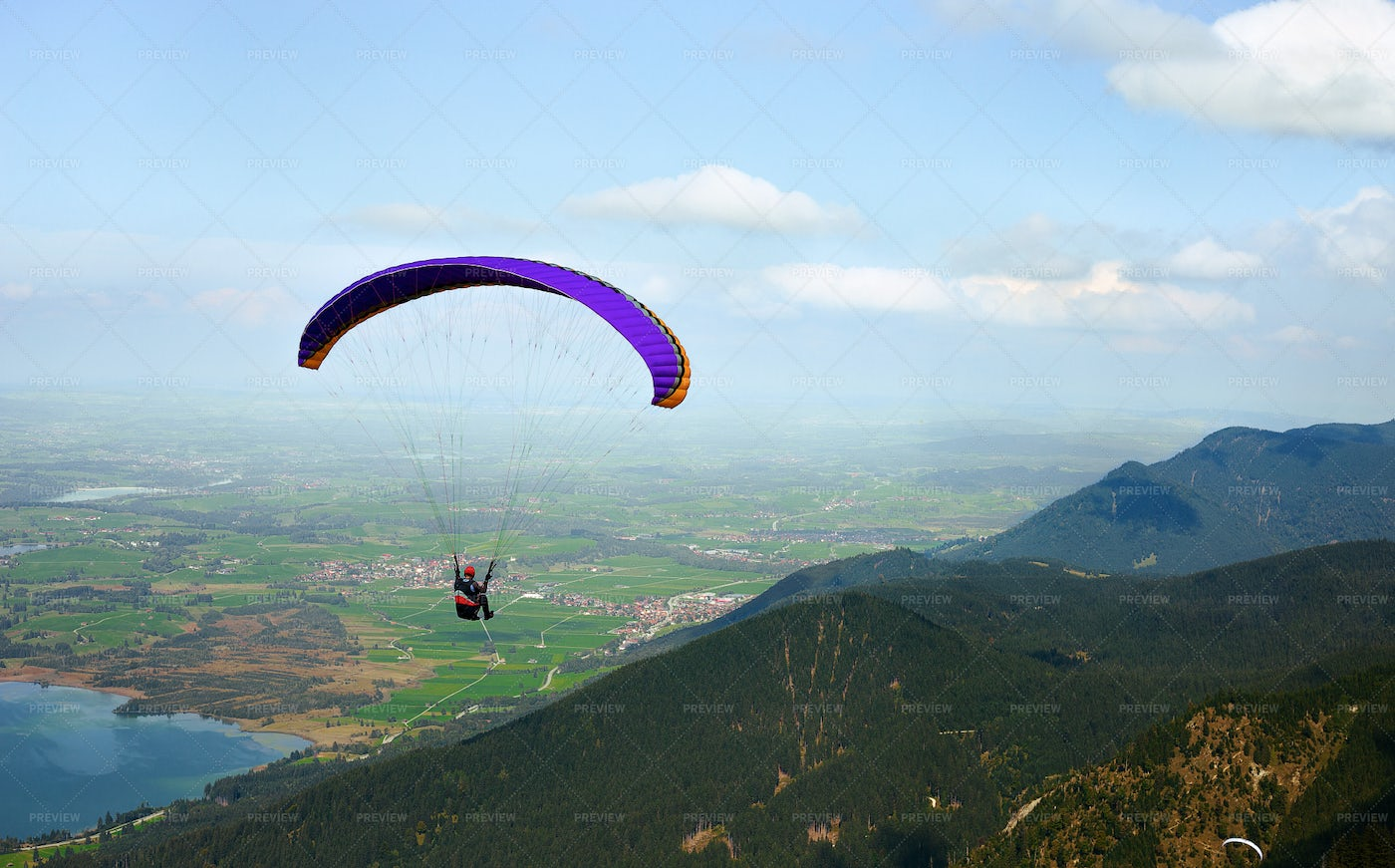 Paraglider Flying: Stock Photos