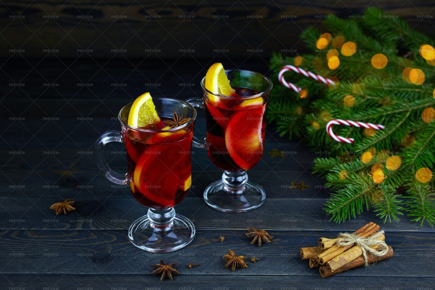 Christmas Hot Mulled Wine: Stock Photos