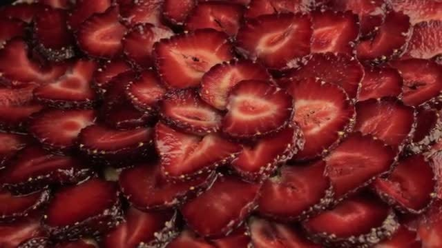 Strawberry Slices Rotating Counter Clockwise: Stock Video