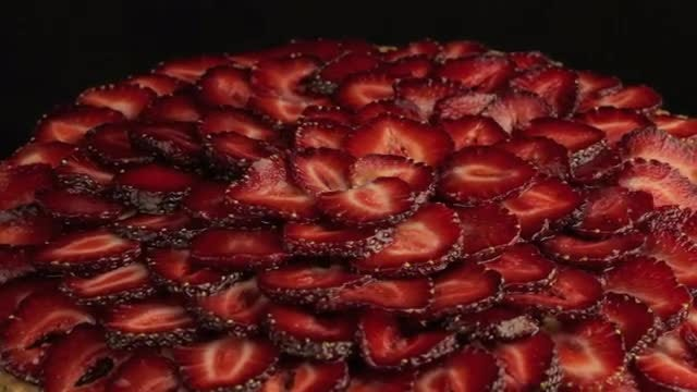 Sliced Strawberries On A Plate: Stock Video