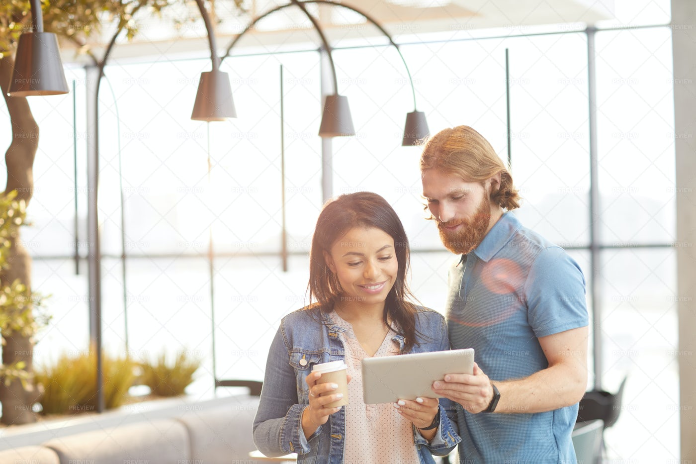 Young Couple Using Tablet Pc: Stock Photos