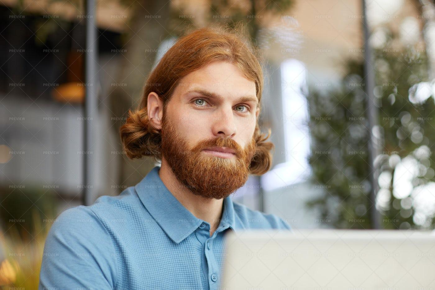 Young Businessman With Laptop: Stock Photos